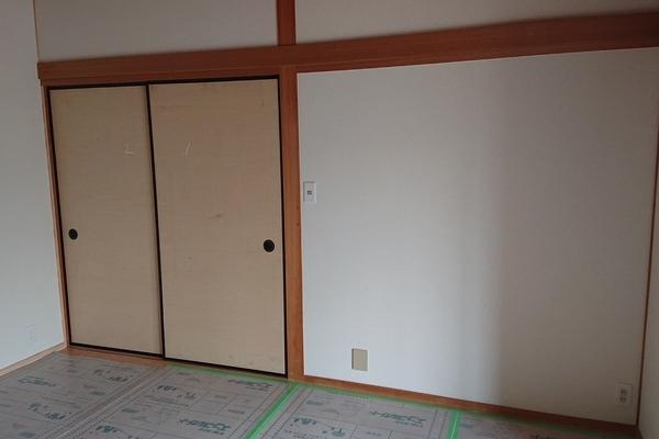 太宰府市国分の戸建住宅の戸襖張り替え