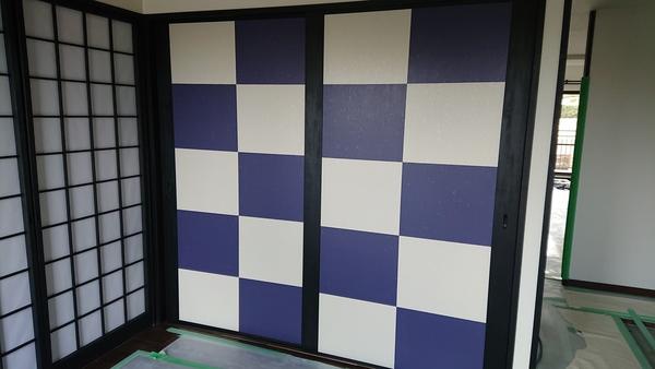 福岡市西区愛宕浜のマンションの新規戸襖に襖紙貼りのサムネイル