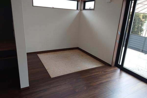 福岡市早良区田村の新築住宅の畳新調